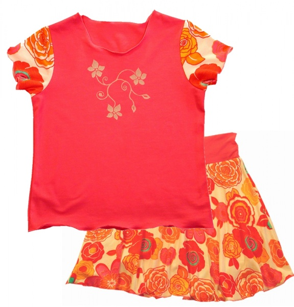 T skjorte, kjole, genser og skjørt 2 8 år Onion 20021